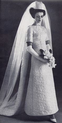 Brides want to find themselves having the most appropriate wedding day, but for this they need the best bridal wear, with the bridesmaid's outfits enhancing the brides dress. These are a number of ideas on wedding dresses. Save Money Wedding Tips. Vintage Wedding Photos, Vintage Bridal, Vintage Weddings, Vintage Glamour, Bridal Gowns, Wedding Gowns, Prom Gowns, Bridal Outfits, Homecoming Dresses