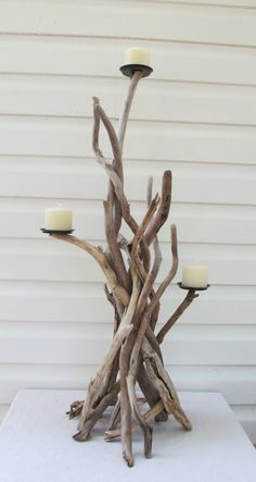 Your place to buy and sell all things handmade Decoration Branches, Twigs Decor, Tree Branch Decor, Driftwood Furniture, Driftwood Wall Art, Driftwood Projects, Diy Home Crafts, Craft Stick Crafts, Diy Home Decor