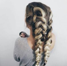Sep 2018 - Beautiful braids that inspire my creativity. See more ideas about Long hair styles, Hair inspiration and Hair styles. My Hairstyle, Messy Hairstyles, Pretty Hairstyles, Unique Hairstyles, Winter Hairstyles, Hair Day, Hair Looks, Hair Trends, Her Hair