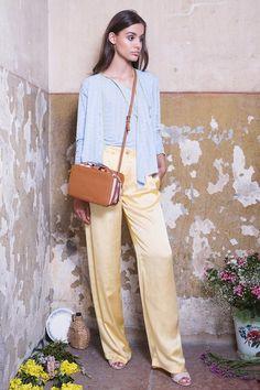 Summer Collection, Khaki Pants, Dressing, Spring Summer, Lady, Women, Fashion, Moda, Khakis