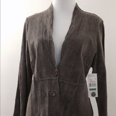 NWT Karen Kane Sueded Leather Jacket  Brand new with tags 100% leather. V-neck, 2 button, peplum style jacket. Size large. ✅ REASONABLE OFFERS ✅ ✖️️Lowball offers please ✖️ Thanks for visiting my closet  Karen Kane Jackets & Coats