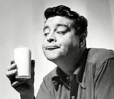 Way before Aykroyd's antics, Jackie Gleason, star of 'The Hustler' and 'Smokey And The Bandit', was widely known to have an interest in the paranormal himself - regularly appearing on John Nebel's cult offbeat radio show to discuss his bizarre beliefs.  One night in 1973, Gleason claimed to have had a close encounter
