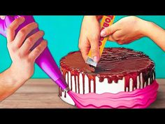 DESSERTS FOR A FAMILY HOLIDAY You can create a beautiful cake by your hands and without any special culinary skill. Zebra Cakes, Carrot Pie Recipe, Beautiful Cakes, Amazing Cakes, Chocolate Cake Toppers, Cake Boss Recipes, Cupcakes Decorados, Marble Cake Recipes, White Wedding Cakes