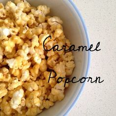 A little guilty treat that is oh so yum! Thermomix Caramel Popcorn Ingredients Unsalted Butter, cubed White Sugar Golden Syrup Bag of Microwave Popcorn Method Combine Butter, Sugar and Golden Syrup into the Thermomix Bowl on 70 degrees Speed 3 for Thermomix Desserts, Cooking Popcorn, Microwave Popcorn, Lunch Box Recipes, Snack Recipes, Cooking Recipes, Granola, Sweet Popcorn, Vegan Recipes
