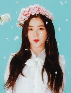 Irene | Red Velvet K-Pop Daegu, Henry Lau, Gifs, Velvet Wallpaper, Kim Yerim, Red Velvet Irene, Seulgi, Kpop Girls, Red Hair