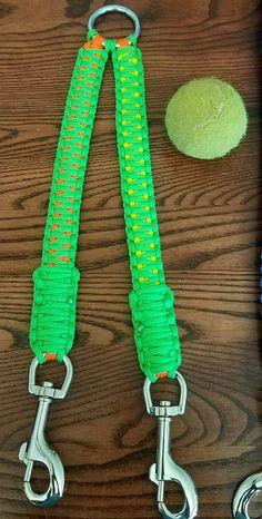 Items similar to Paracord Dog Leash Splitter - king cobra on Etsy Diy Dog Collar, Collar And Leash, Dog Accesories, Pet Accessories, Paracord Dog Leash, Dog Collars & Leashes, Dog Crafts, Paracord Bracelets, Diy Stuffed Animals