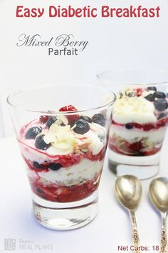 Easy diabetic breakfast: mixed berry parfait recipe in 2019 Diabetic Snacks, Healthy Snacks For Diabetics, Pre Diabetic, Diabetic Living, Diabetic Breakfast Recipes, Diabetic Smoothies, Drinks For Diabetics, Healthy Breakfast For Diabetics, Easy Diabetic Recipes