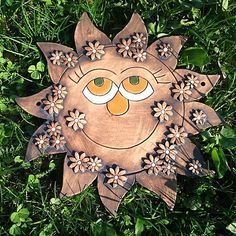 Clay Flowers, Flower Pots, Gourd Art, Sculpture Clay, Clay Projects, Clay Art, Ceramic Pottery, Bird Feeders, Wind Chimes