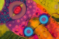Artist Creates Psychedelic Art By Pouring Paint And Resin Onto A Canvas