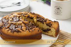 Torta alla ricotta e Nutella, una torta soffice per la prima colazione e la merenda. Torta morbida grazie alla ricotta e golosa con la Nutella, facile.