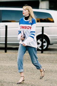 Street Style Inspo: Fresh Ways to Wear the Kitten Heel Cool Street Fashion, Street Style, Closet Collection, Ladies Who Lunch, Vanessa Jackman, Work Casual, Boyfriend Jeans, Kitten Heels, Librarians