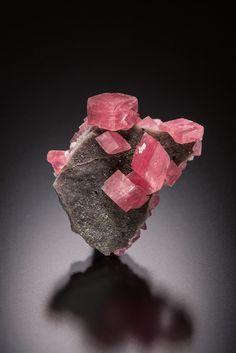 Manganoan Smithsonite - Tsumeb mine, Tsumeb, Namibia