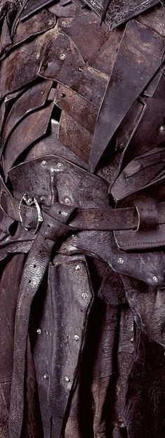 Old leather, armor Larp, Fantasy Armor, Medieval Fantasy, Leather Armor, Fantasy Costumes, Body Armor, Leather Working, Dungeons And Dragons, Game Design