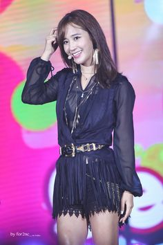 Kwon Yuri, Snsd, Girls Generation, Kpop Girls, Girl Fashion, Goth, Stage, Women's Work Fashion, Gothic