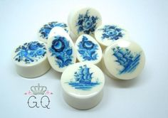 Plugs / Gauges Delft Blue Rose. 4g / 5mm 2g /6mm by TheGaugeQueen