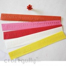 Die-Cut Strips - Pointed Petals - Pack of 30 Use these die-cut strips to create lovely flowers. The 3 different strips can be used in different combinations to create different flowers
