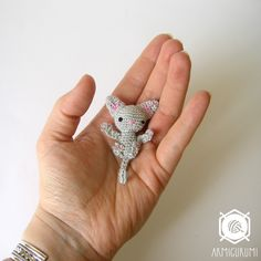 Teeny tiny Kitty cat | Armigurumi