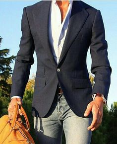 How To Rock Business Casual Attire For Men With Balance - Men's Fashion and Lifestyle Magazine - ZeusFactor The dead sea spa elixir on site: Blazer Jeans, Look Blazer, Navy Blazer Men, Navy Blazers, Business Casual Attire For Men, Men Casual, Smart Casual, Casual Suit, Preppy Casual