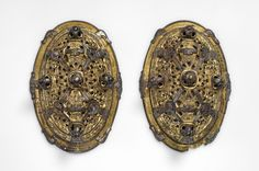 https://flic.kr/p/mKKwTK | Object from the exhibition We call them Vikings produced by The Swedish History Museum | Oval brooches  Bronze and gilded  Grave find, Sandby, Öland, Sweden. SHM 550