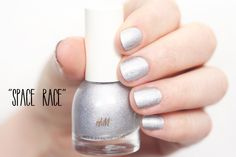 """Holographic Nail Polishes by H&M: H&M Beauty «Heaven Sent» Nail Colour Trio feat. """"Space Race"""" #HMBeauty"""