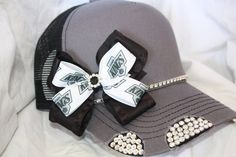 Items similar to LA Kings Baseball hat with custom bow and rhinestones for sports teams, any sports fans. on Etsy La Kings Hockey, Custom Bows, My Beauty, Caps Hats, Hair Bows, Fashion Backpack, Sports Teams, Kids Sports, My Style