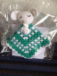 Knuffeldoekje van Marmarel patroon, ik had het al ingepakt voor ik een foto maakte, vandaar het cellofaanverpakking. Het is een olifantje.