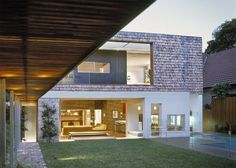 #Architect #home - Modern and Traditional Remarkably Combined: The White House in Sydney