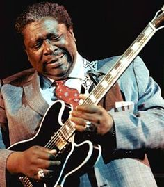 BB king playing at the Monterey Blues Festival