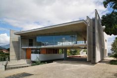 Galería de Casa en Santa Teresa / SPBR Arquitetos - 1