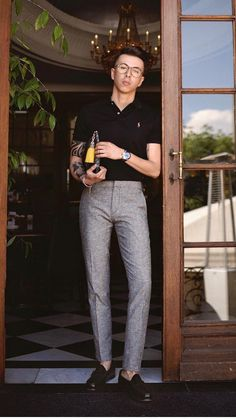 You Can Look Good In Simple Outfits For Men Simple outfits for men.Simple outfits for men. Preppy Mens Fashion, Stylish Mens Outfits, Mens Fashion Blog, Simple Outfits, Polo Shirt Outfits, Polo Outfit, Outfit Jeans, Polo Shirts, Shirts For Men