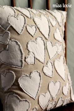 Sewing Pillows Anthropologie knock-off pattern // 14 Cute Valentine Pillows (Free Sewing Tutorials) - Great overview of the cutest pillows to make for your home. Most of these Valentine pillows come with free sewing tutorials and/or patterns. Sewing Pillows, Diy Pillows, Decorative Pillows, Throw Pillows, Applique Pillows, Pillow Ideas, Cushion Ideas, Embroidered Pillows, Bolster Pillow