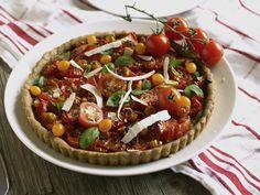 Tomaattipiirakka paahdetuista tomaateista