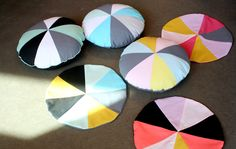 Make your own triangle round pillow - bare WUNDERBAR