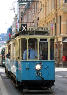 Historic trams operate on Oslo's network on the first Sunday in every month all year. The historic tram usually departs from Stortorvet (in the loop across the square) at 12:00, 13:00 and 14:00 towards Majorstuen, where you may visit Oslo Transport Museum.