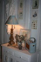 Duck Egg Blue Roberts Radio looking very pretty next to a matching lamp shade
