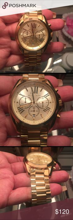 Michael Kors Gold MK5605 Watch Michael Kors Chronograph Gold watch. Roman Numerals. Gently used. Very nice wrist charm. Comes with Original Box, Pillow Cushion. Michael Kors Jewelry Bracelets