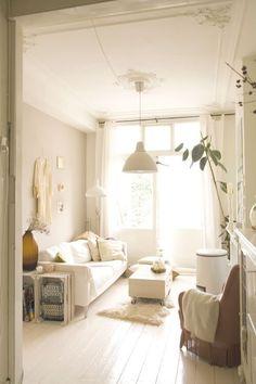 lovely white room by melinda