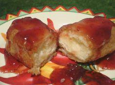 Fried Twinkies. Photo by Linajjac
