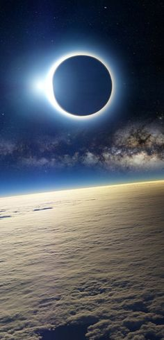 Solar eclipse as seen from Earth's orbit • orig. source not found