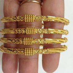 Ear Jewelry, Sea Glass Jewelry, Gold Jewelry, Gold Bangles Design, Gold Jewellery Design, Diamond Jewellery, Silver Bracelets, Bangle Bracelets, Bangle Set