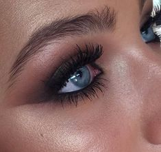 Blue eyes, long lashes, natural brows, smoky eye.  smokey eyes, bold lipstick, and nail art. Beautiful, natural makeup, makeup ideas, beauty, skincare, skincare tips, best acne treatments, beauty products, smoky eye, lipstick, glamorous make-up, natural make-up.