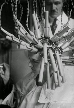 15 Unusual And Bizarre Beauty Devices In The 1930s And 1940s