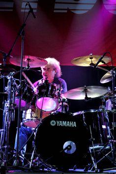 ROZHOVOR S JIŘÍM LANGEM Drums, Music Instruments, Concert, Percussion, Musical Instruments, Drum, Concerts, Drum Kit