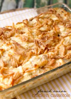 A simple and delicious recipe for French Onion Chicken Casserole - just 10 minute prep time and you have a delicious dinner recipe! https://lilluna.com