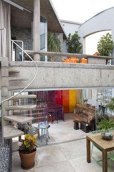 Modern Triplex in Sao Paolo by Guto Requena