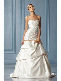 Schlichte Modische Brautkleider aus Taft mit Blumen