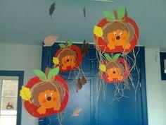 环创|10种动植物元素,N种绝佳造型,秋季环创看我七十二变! Kids Crafts, Animal Crafts For Kids, Preschool Crafts, Diy For Kids, Autumn Crafts, Autumn Art, Autumn Theme, Autumn Leaves, Diwali Decorations