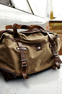 Daily Man Up (27 Photos). Duffel BagDuffle Bag MenCanvas ... 1821e18fb4b19
