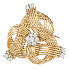 18k Yellow Gold 1 1/2ct TDW 1960?s Cartier Estate Brooch (G-H, VS1-VS2) | Overstock.comThis exquisite brooch features a curved wire design set with glittering white diamond rounds. Crafted of 18-karat yellow gold, this estate jewelry includes a double pin for secure attachment....more