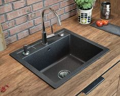 This excellent photo can be a very inspiring and magnificent idea Granite Kitchen Sinks, Composite Kitchen Sinks, Kitchen Sink Design, Kitchen Appliances, Kitchen Sets, Kitchen Colors, Whiskey Barrel Sink, Quartz Sink, Condo
